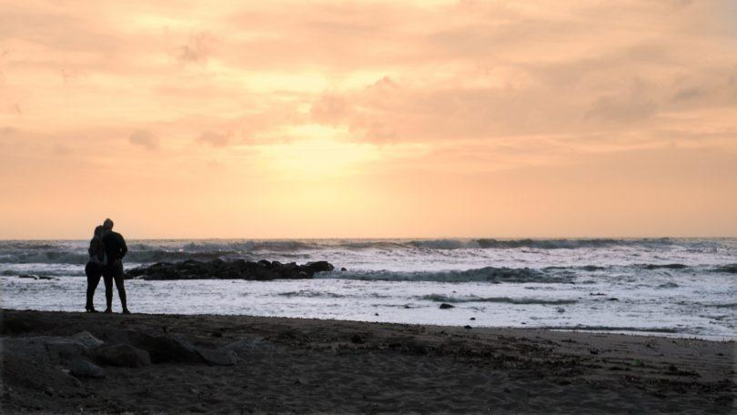 sunset-on-the-beach-elopment-italy